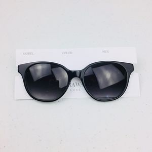 623d57b1cf43 VERA Wang Luxe Cat Eye Black Sunglasses